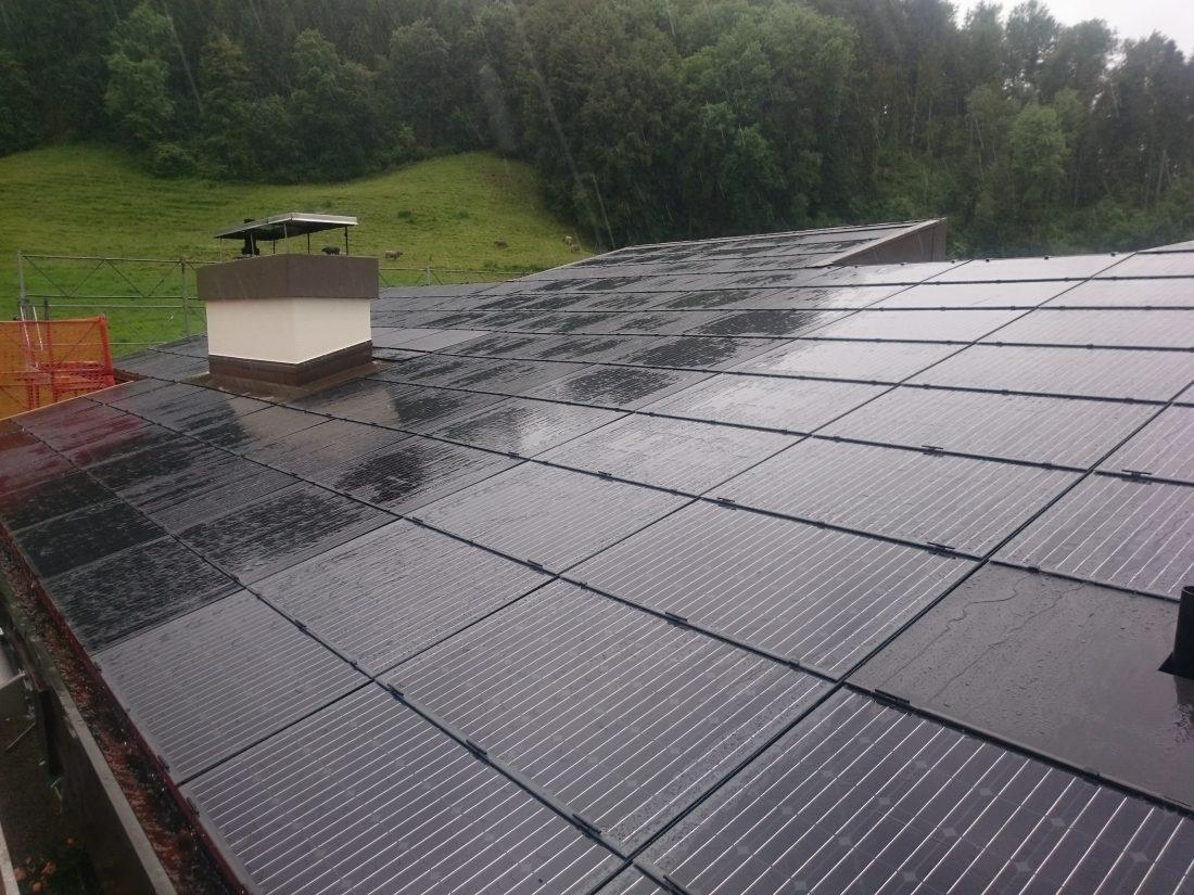 Photovoltaik Solar Solarstrom Dussnang Fischeingen Dietfurt G&O sunsolutions Batterispeicher Indach Aufdach Dachsanierung