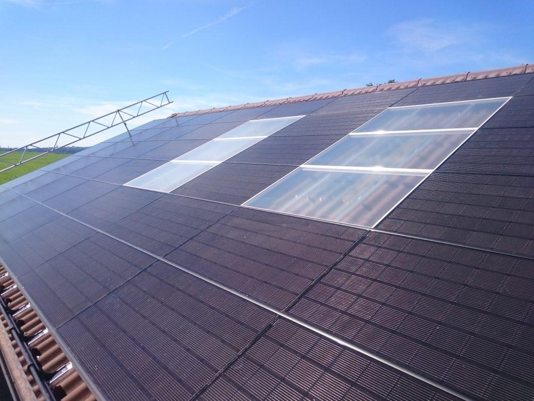 Photovoltaik, Dachsarnierung, Dachfenster, Solarstrom, G&O sunsolutions GmbH, Gewerbepark 11, 9615 Dietfurt, Indach, aufdach, Batteriepsiehcer, Smarthome