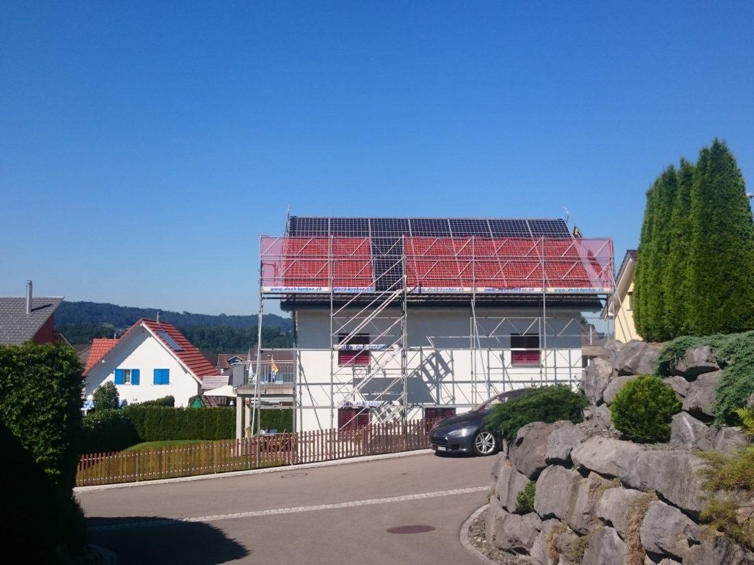 photovoltaikanlage-indach-aufdach-energiespeicher-toggenburg-dachsanierung