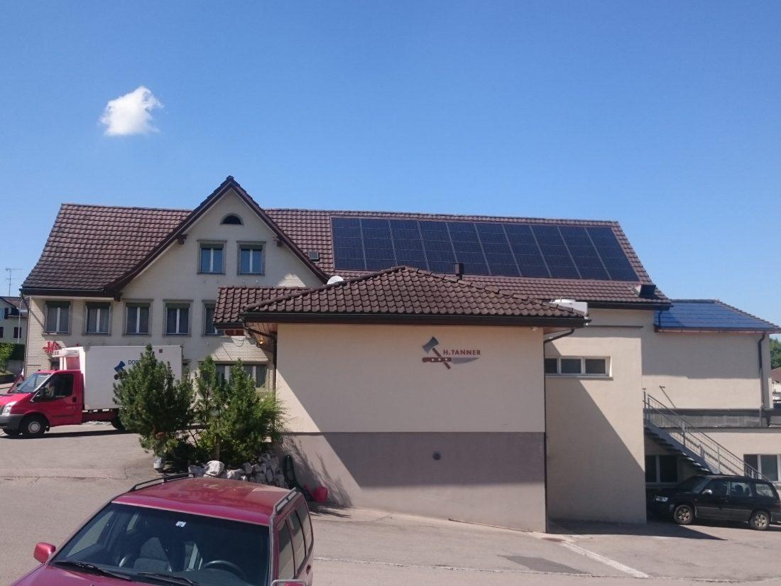 photovoltaikanlage-indach-aufdach-energiespeicher-toggenburg-henau-dachsanierung